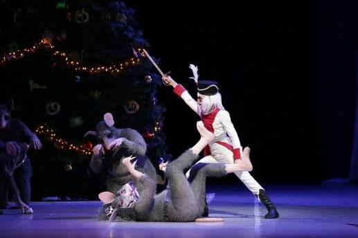 George Balanchine's The Nutcracker®, Act 1, photo by Brescia e Amisano, Teatro alla Scala 2018 01