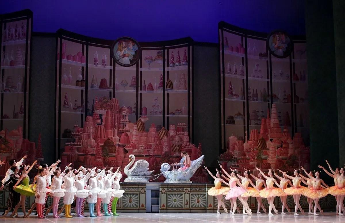 George Balanchine's The Nutcracker®, Act 2, photo by Brescia e Amisano, Teatro alla Scala 2018