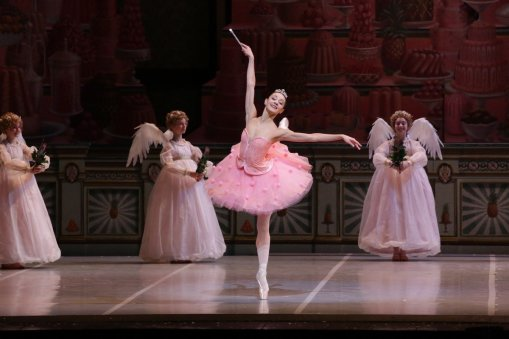 George Balanchine's The Nutcracker®, Nicoletta Manni as the Sugarplum Fairy, photo by Brescia e Amisano, Teatro alla Scala 2018 01