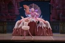 George Balanchine's The Nutcracker®, Samuele Berbenni as Mother Ginger, photo by Brescia e Amisano, Teatro alla Scala 2018