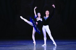 Leonid Sarafanov and Olesya Novikova in Grand Pas Classique, photo by N Razina