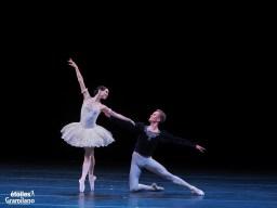 Olesya Novikova and Leonid Sarafanov, Grand Pas Classique, photo by Graham Spicer
