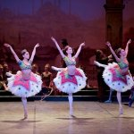 Crystal Costa, Alison McWhinney and Isabelle Brouwers in Le Corsaire © Laurent Liotardo