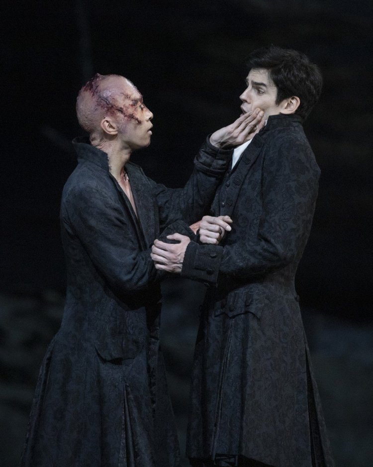 Frankenstein. Wei Wang as The Creature and Federico Bonelli as Victor Frankenstein. ©ROH 2019. Photographed by Andrej Uspenski