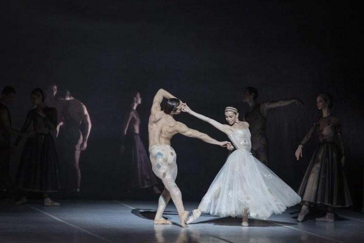 Nuit Blanche by Sébastien Bertaud with Abbagnato and Vogel © Yasuko Kageyama (3)