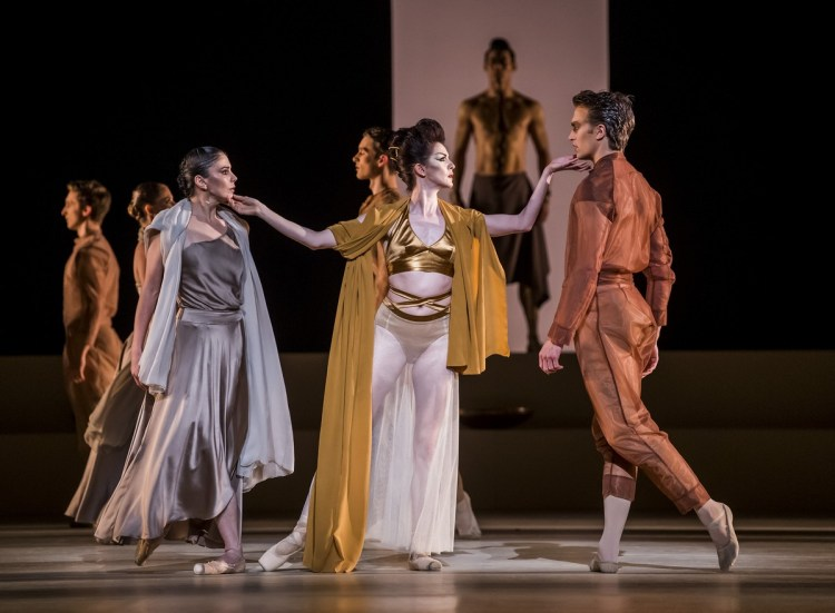 Medusa. Artists of The Royal Ballet. ©ROH, 2019. Ph by Tristram Kenton. (4)