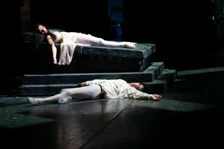 22 Francesca Hayward and Cesar Corrales, Romeo and Juliet © Dasa Wharton