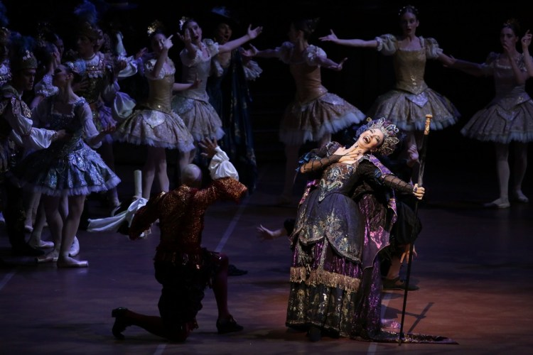 11 The Sleeping Beauty, with Beatrice Carbone and Riccardo Massimi