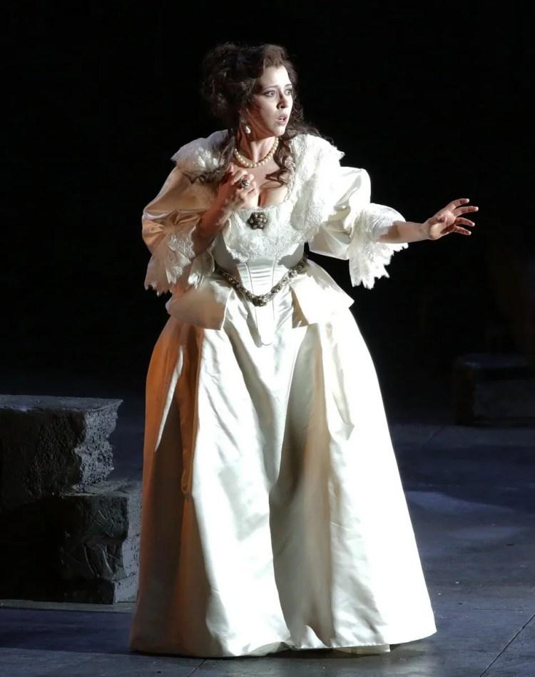17 I masnadieri, Lisette Oropesa, photo Brescia e Amisano, Teatro alla Scala 2019