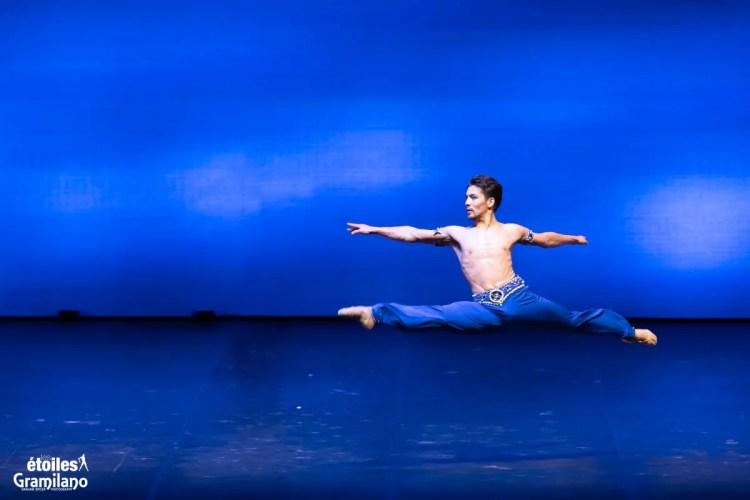 Le Corsaire (pas de deux Act II) with Tatiana Melnik and Bakhtiyar Adamzhan © Graham Spicer, Daniele Cipriani Entertainment 3