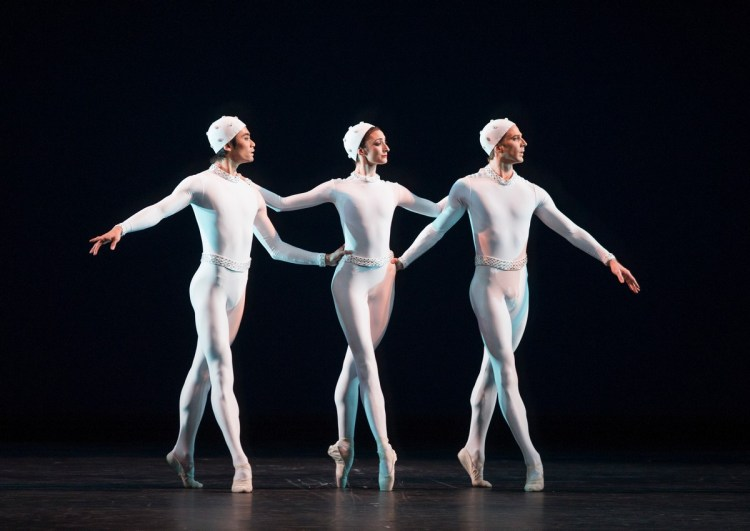 Monotones II with Ryoichi Hirano, Christina Arestis, Nehemiah Kish, photo by Tristram Kenton ROH