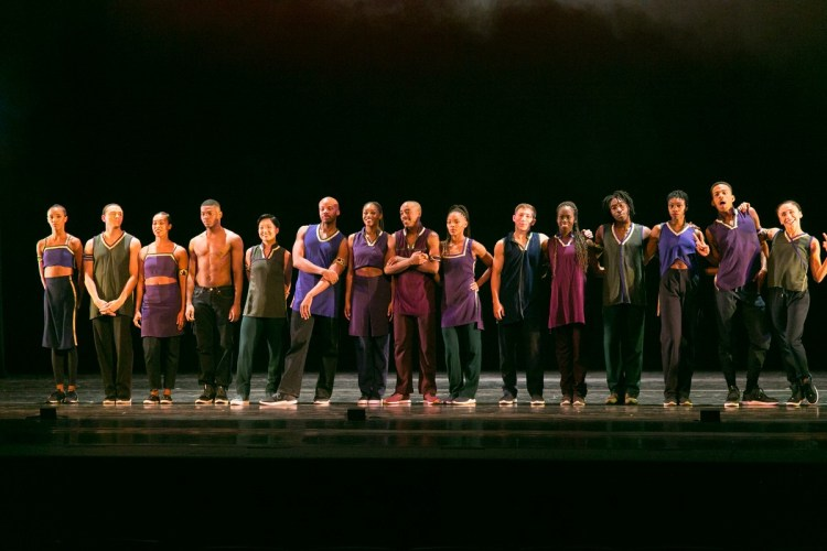 01 Alvin Ailey American Dance Theater in Rennie Harris' Lazarus, photo by Dasa Wharton