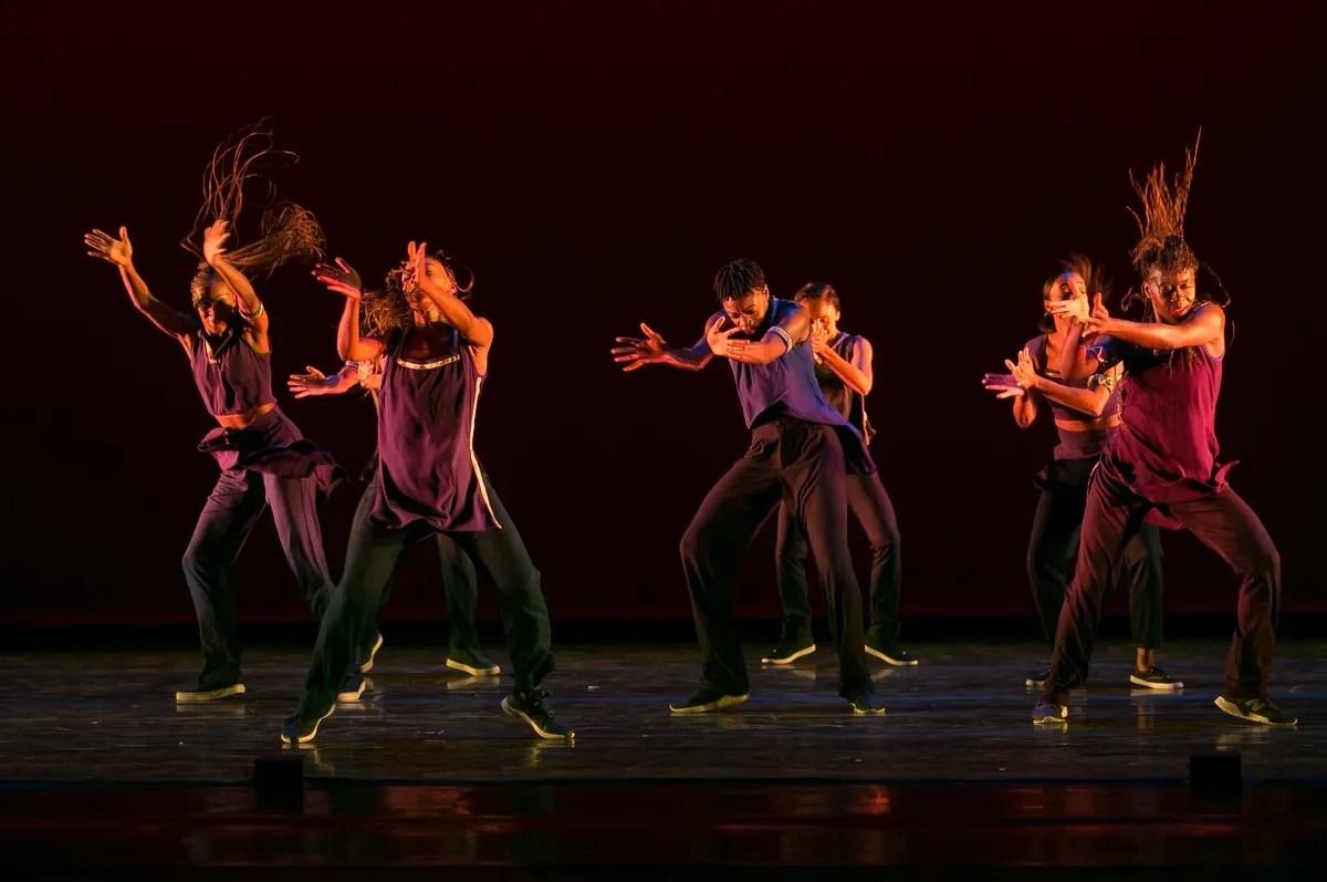07 Alvin Ailey American Dance Theater in Rennie Harris' Lazarus, photo by Dasa Wharton