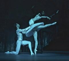 Jacopo Tissi and Alena Kovaleva in Swan Lake, The Royal Opera House, London 2019 © Malcolm Levinskind 01