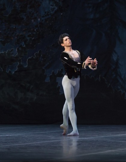 Alessandro Macario in Giselle by Ludmila Semenyaka, Teatro San Carlo cr