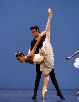 George Balanchine's Symphony in C with Nicoletta Manni and Marco Agostino © School of American Ballet 2019 08