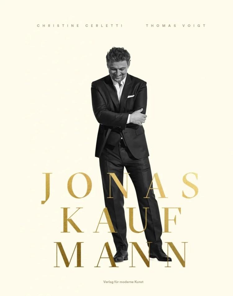 Jonas Kaufmann, Eine Bilderreise, cover Michael Balgavy © Gregor Hohenberg for Sony Classical