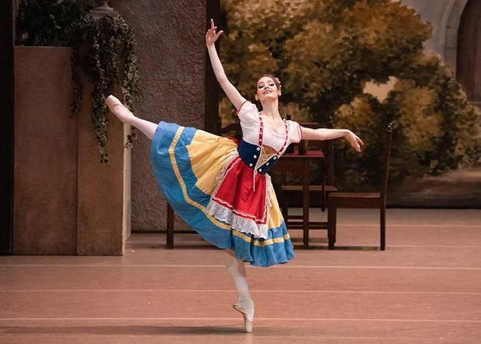 Eleonora Sevenard in Coppelia photo Mikhail Logvinov