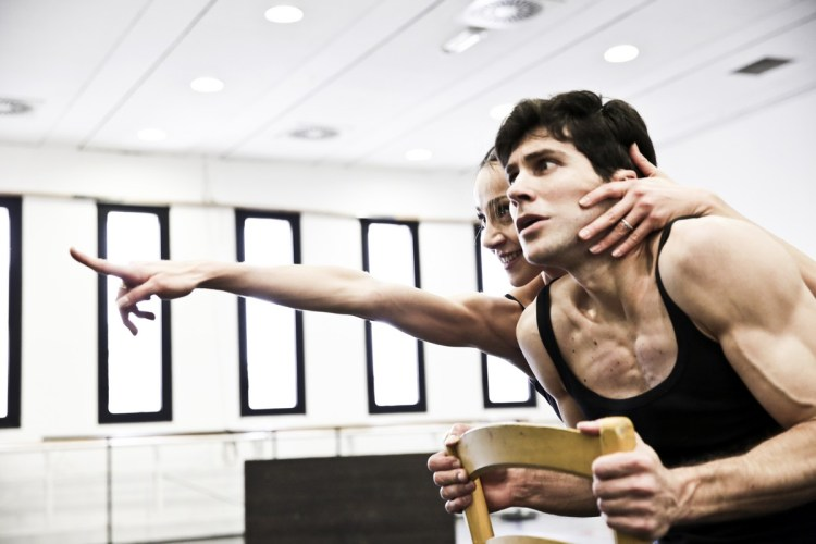Le Jeune homme et la Mort with Roberto Bolle and Nicoletta Manni, photo by Brescia e Amisano Teatro alla Scala (10)