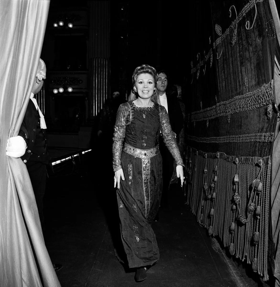 13 Mirella Freni in SIMON BOCCANEGRA with Claudio Abbado photo by Erio Piccagliani © Teatro alla Scala
