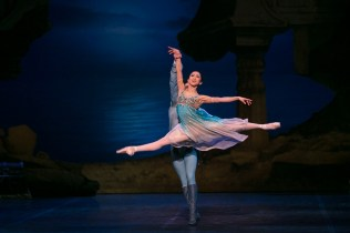 20 English National Ballet in Le Corsaire with Erina Takahashi and Francesco Gabriele Frola @ Dasa Wharton