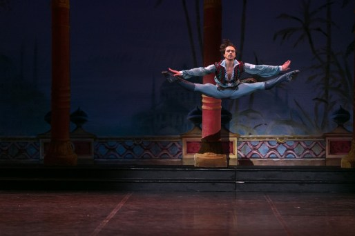 27 English National Ballet in Le Corsaire with Francesco Gabriele Frola @ Dasa Wharton