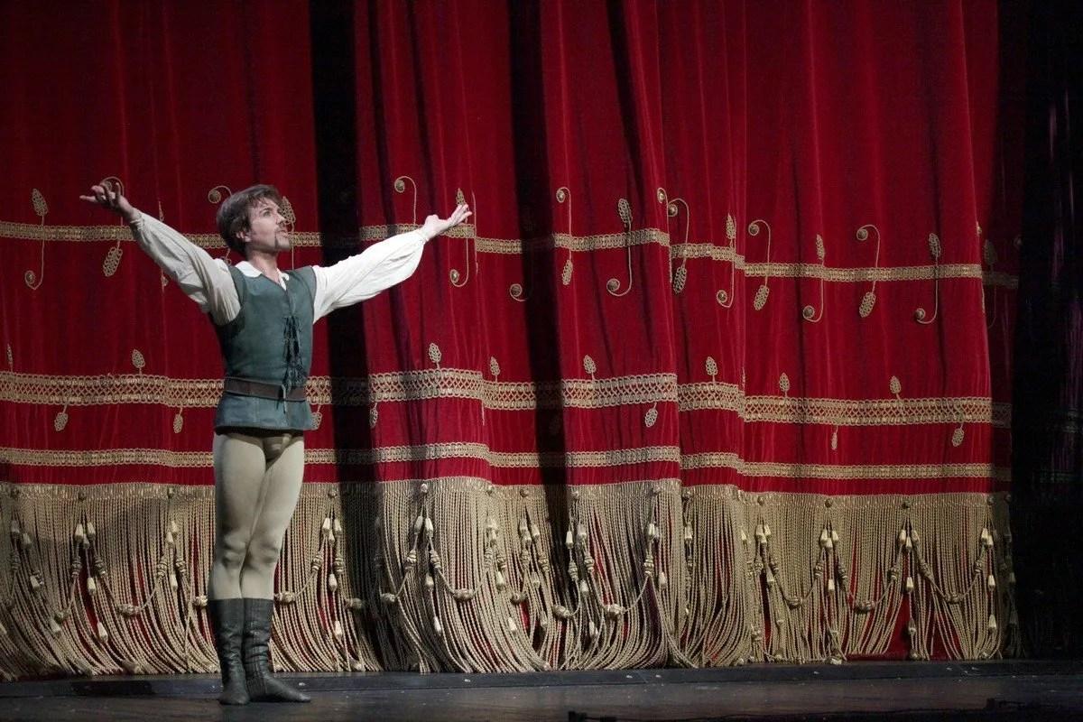 Alessandro Grillo photo by Brescia e Amisano Teatro alla Scala