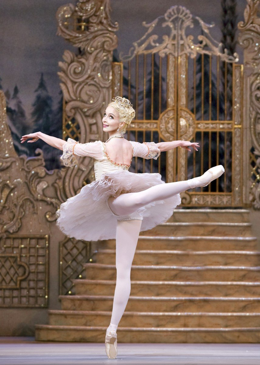 The Nutcracker. Lauren Cuthbertson as The Sugar Plum Fairy © ROH, Tristram Kenton, 2013