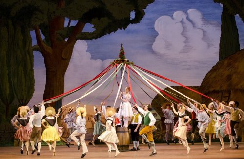 Marianela Nuñez as Lise and artists of The Royal Ballet in La Fille mal gardée, The Royal Ballet © ROH Tristram Kenton, 2012