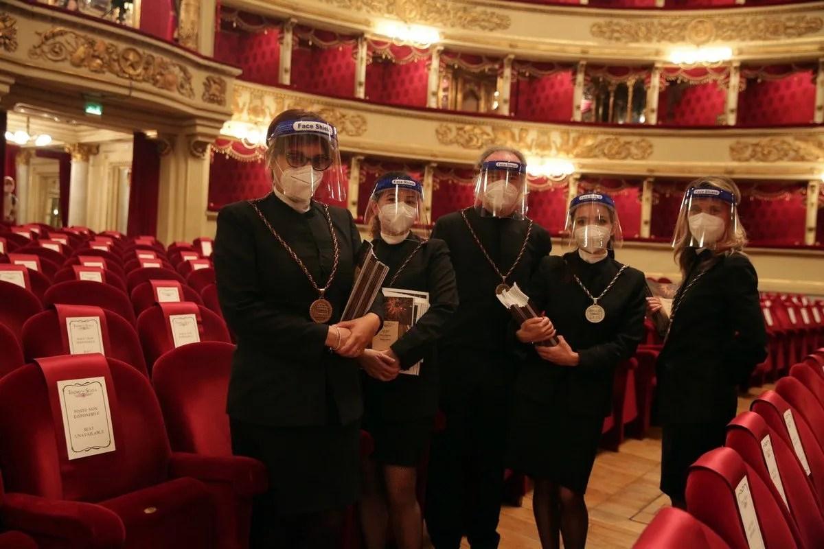 The 'maschere' at La Scala © Marco Brescia, Teatro alla Scala 2020