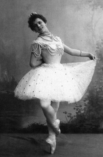 Pierina Legnani in La Perle, 1896