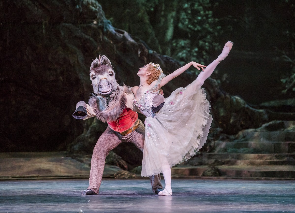 Bennet Gartside and Akane Takada in The Dream. © ROH, 2017. Photographed by Tristram Kenton.