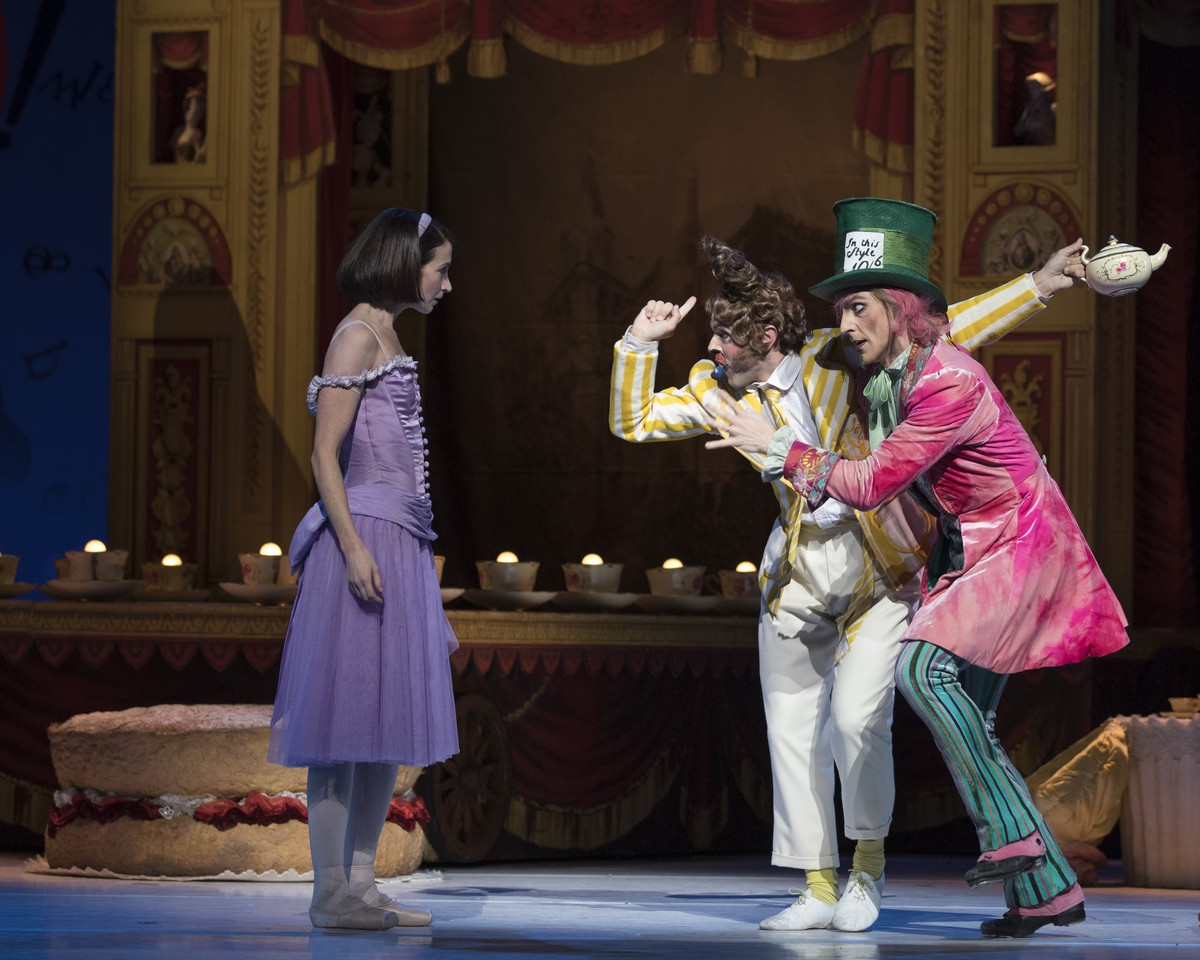 Lauren Cuthbertson as Alice, Paul Kay as The March Hare and Steven McRae as The Mad Hatter © 2017 ROH. Photograph by Andrej Uspenski