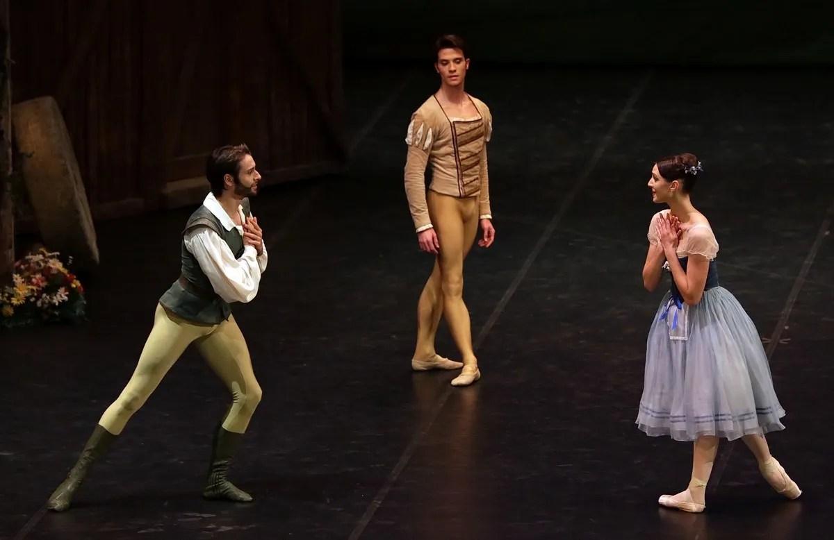Giselle, Martina Arduino, Claudio Coviello and Marco Agostino photo Brescia e Amisano © Teatro alla Scala
