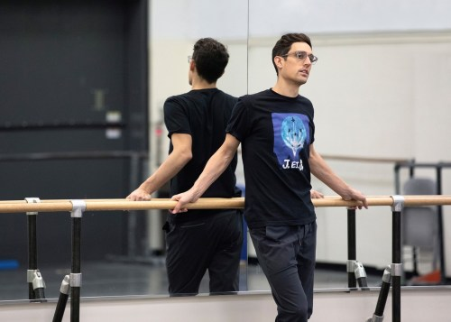 Justin Peck rehearsing with New York City Ballet in 2019. Photo by Erin Baiano