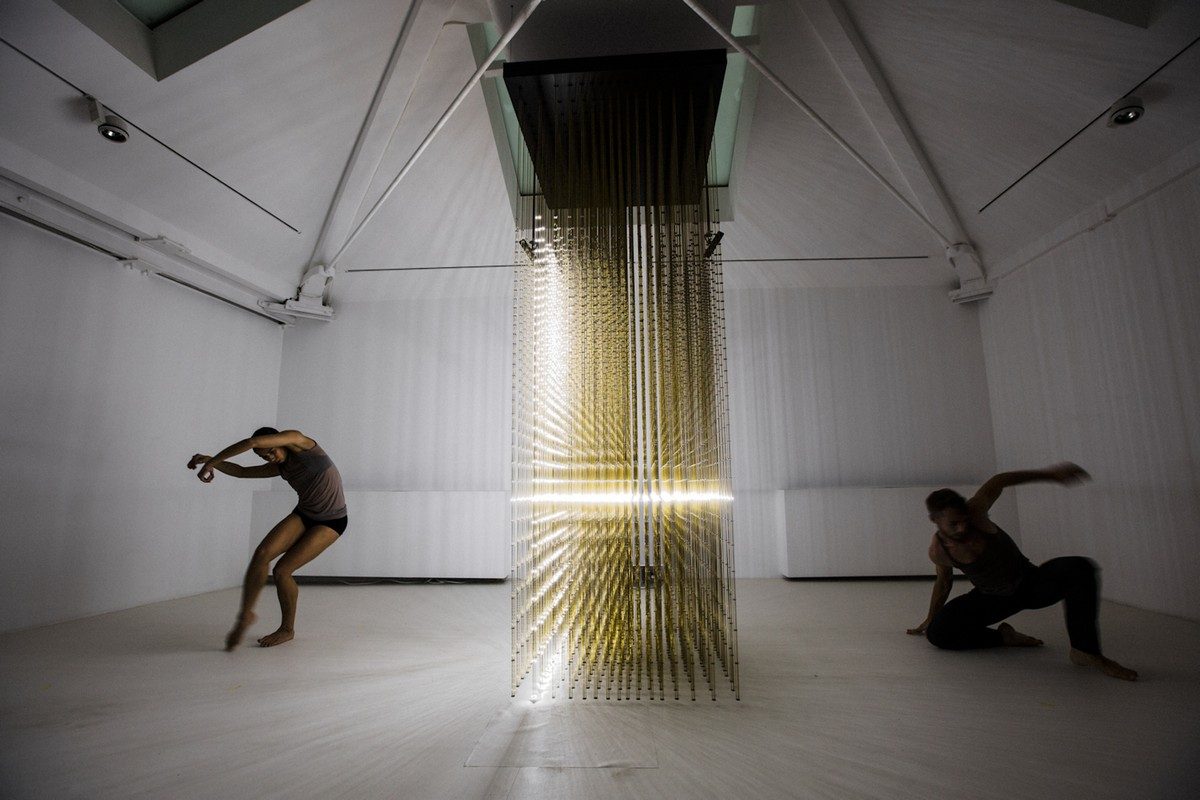 Random International, Future Self - performance by Company Wayne McGregor, photo by Ravi Deepres 2012