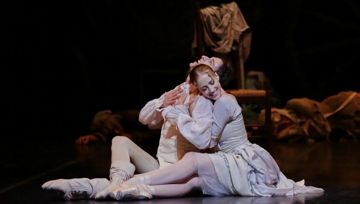 Virna Toppi and Marco Agostino in Manon, photo by Brescia e Amisano, Teatro all Scala