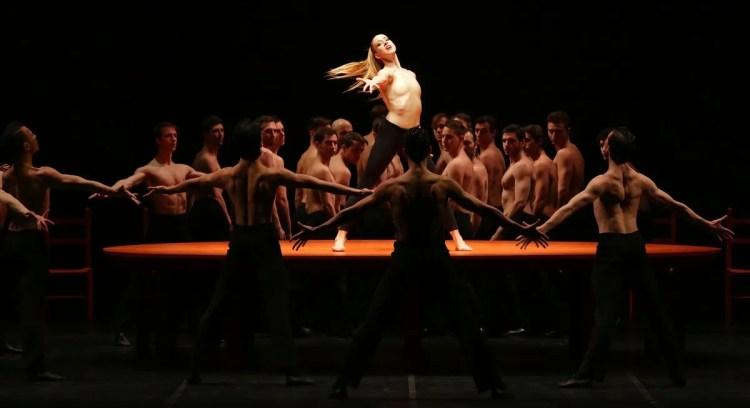 Virna Toppi dances Béjart's Bolero, photo by Brescia e Amisano, Teatro all Scala