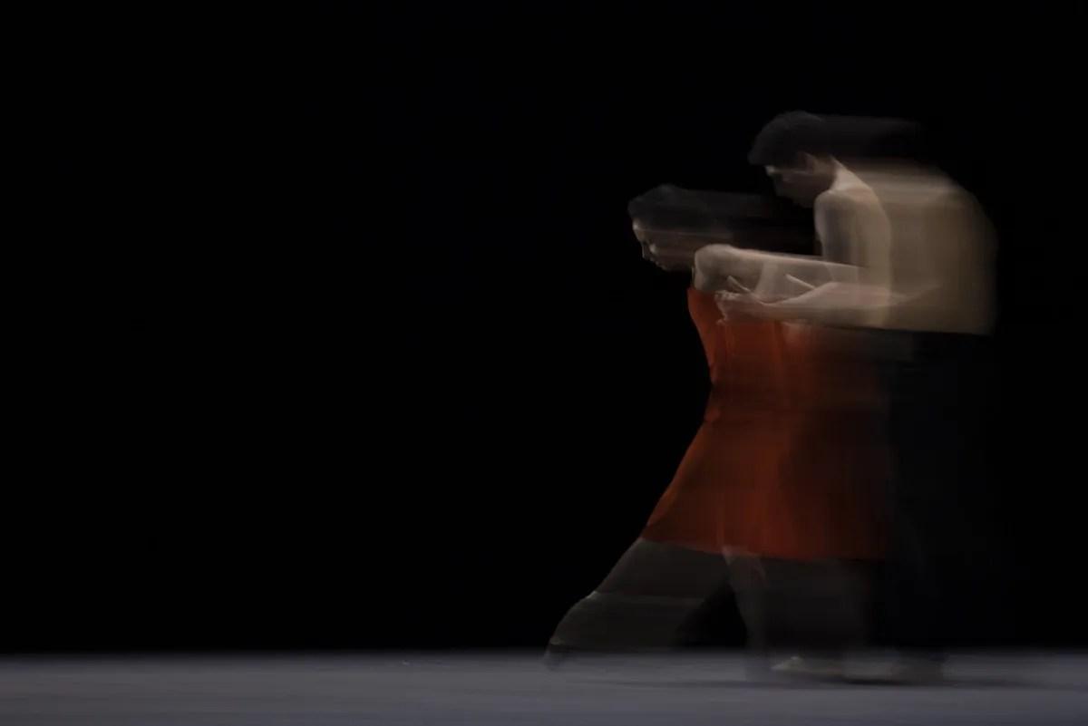 Francesca Hayward and Cesar Coralles in Morgen, The Royal Ballet ©2021 ROH. Photograph by Andrej Uspenski 2