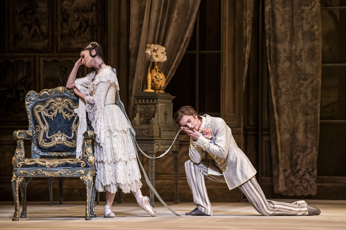 Lauren Cuthbertson as Natalia Petrovna and Vadim Muntagirov as Beliaev in A Month in the Country, The Royal Ballet © 2019 ROH. Photograph by Tristram Kenton