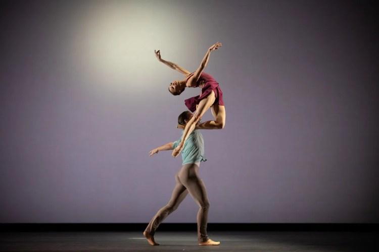 Mariko Sasaki and Lukas Bjørneboe Brændsrød in Anemoi, The Royal Ballet ©2021 ROH. Photograph by Alice Pennefather