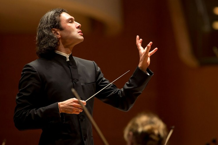 Vladimir Jurowski, photo by Drew Kelley