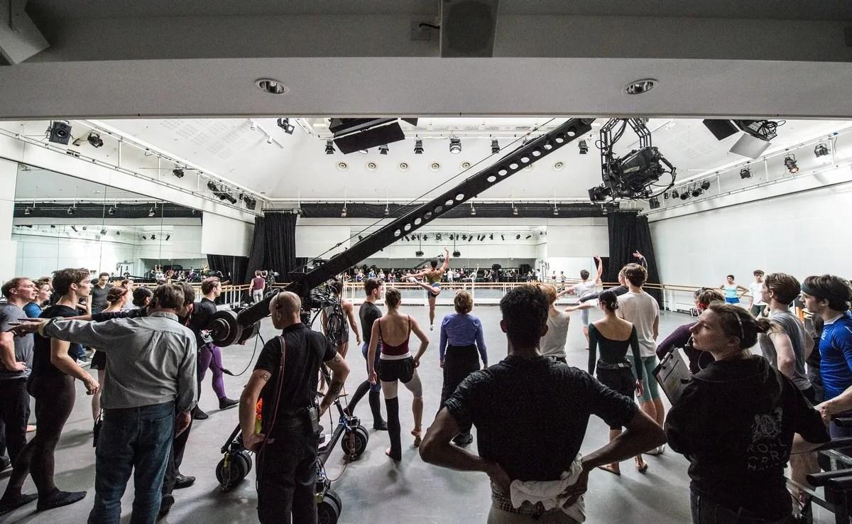 Royal Ballet Dancers in World Ballet Day Live © 2015 ROH.