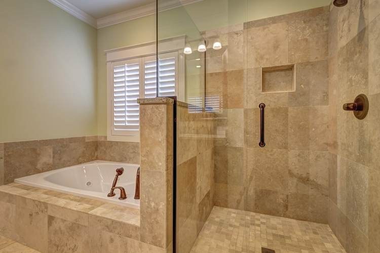 ¿Cómo conseguir un baño adaptado?