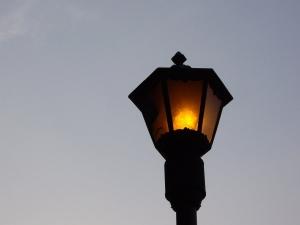 old-street-lamp-1429556-m