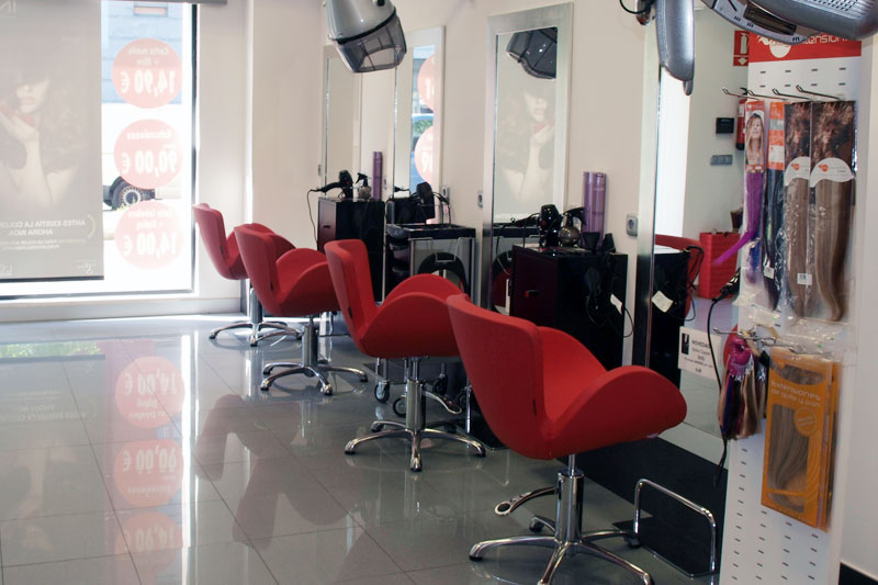 onstyle-peluqueros-amplios-salones