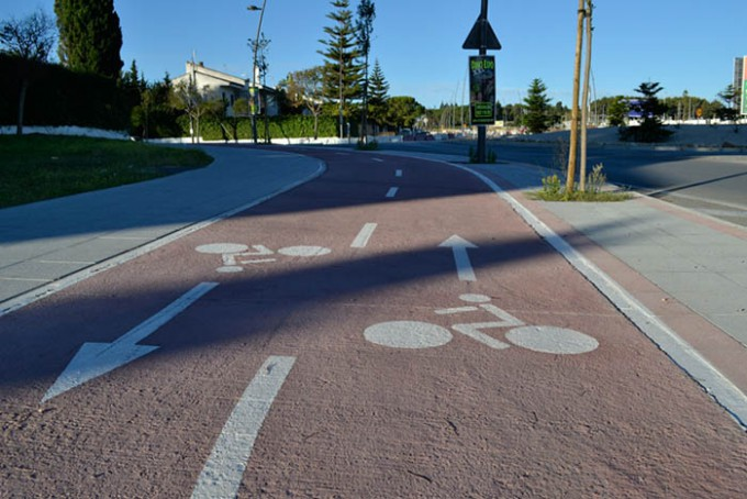 red-ciclista-carril-bici