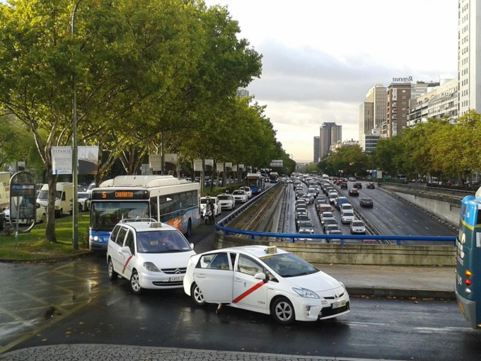 madrid-trafico-coches-conducir