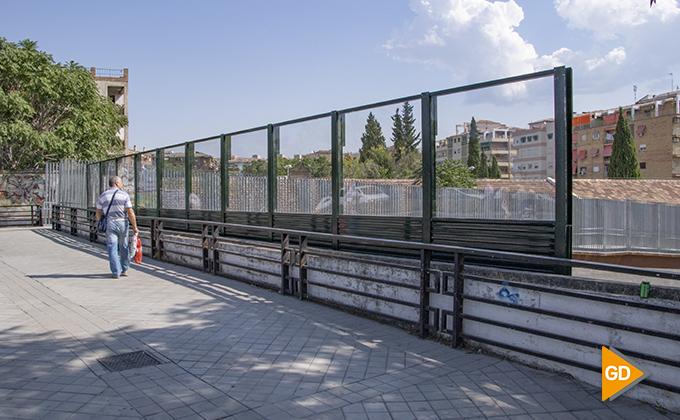 Nuevo panel protector camino de ronda tren 02
