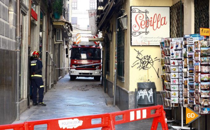 bomberos-calle-estribo-granada